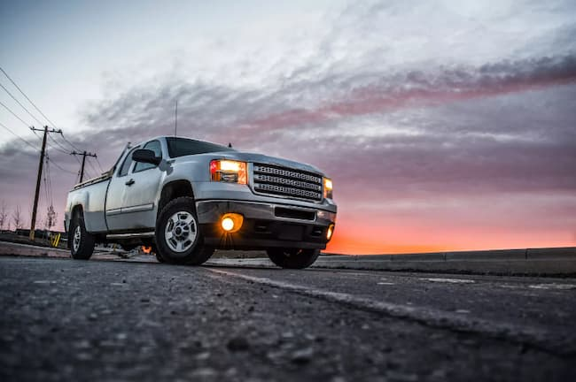 4 Best Fog Lights For Your Cars To Navigate Through Dense Fog