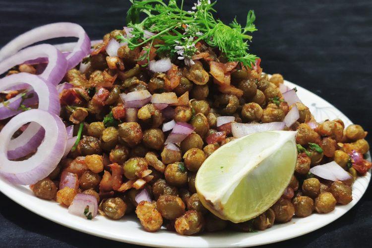 crispy peas chaat