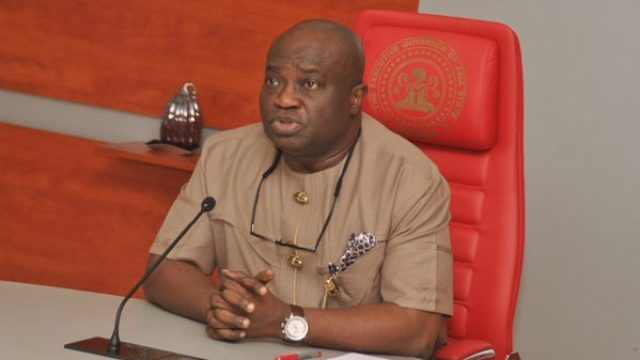 Gov Ikpeazu: Abia pays N100K to herders for every cow killed in a clash with  farmers   TheCable
