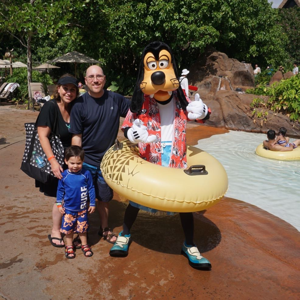 Ready to read all about the Aulani? My family and I had a blast. One of the highlights was running into Goofy at the pool.