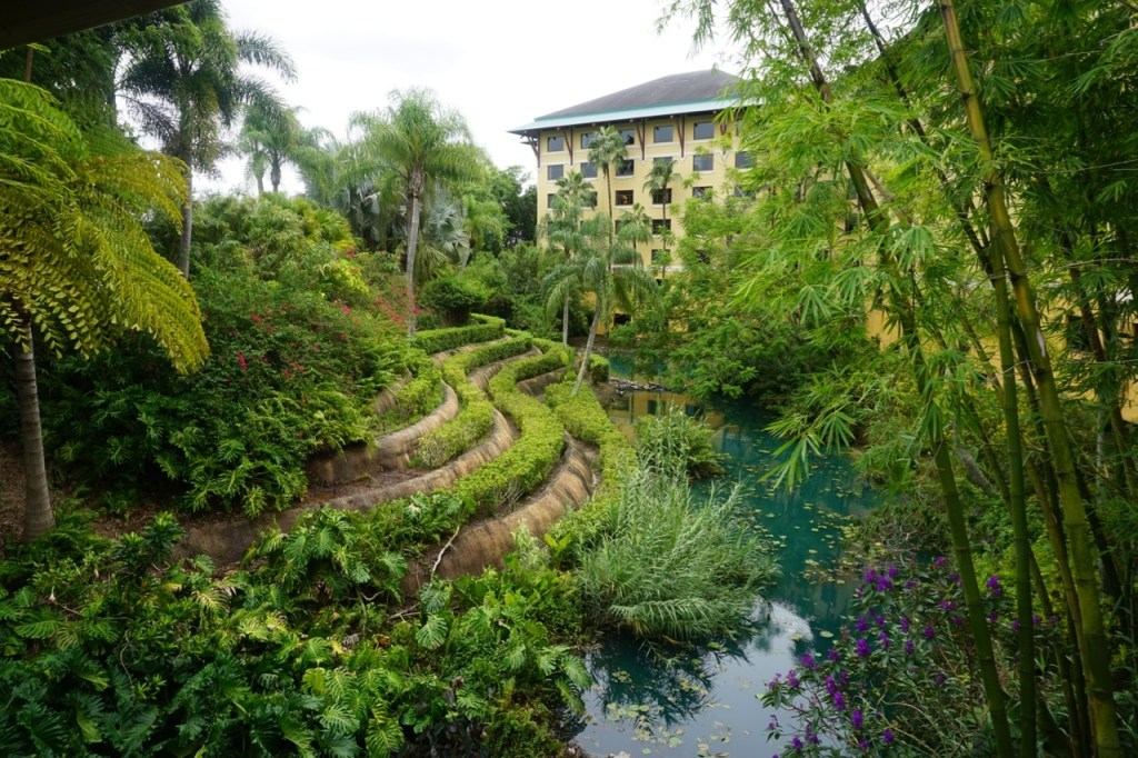 Loews Royal Pacific Resort is one of the 6 reasons to stay on property. You will no doubt feel like you are in the South Pacific.