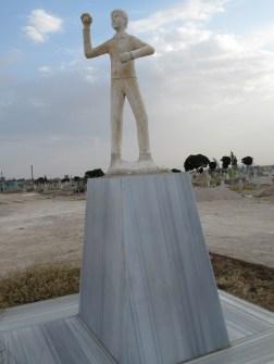 Beşir Remezan statue with base