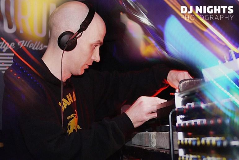 Gav Pauze doing a DJ set