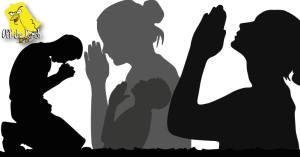 Several people praying