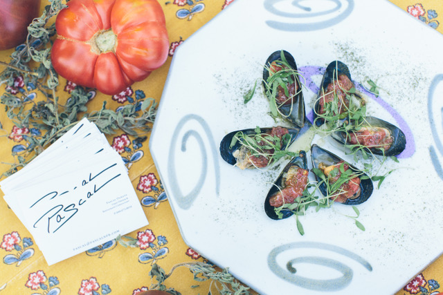 Chef Pascal Olhats, who owns a restaurant in San Juan Capistrano, prepared steamed and chilled Baja mussels for The Ecology Center's annual Eco App Off on June 24. Photo: Michelle Montgomery/Michelle Marie Photography