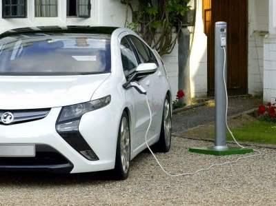 electric-car-buying-agent-car-expert-vauxhall-ampera
