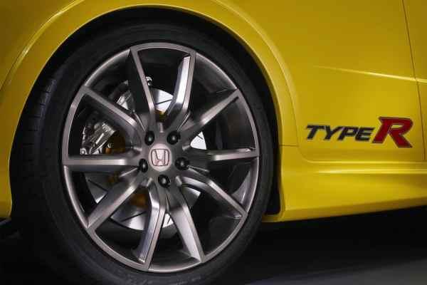 Do big alloy wheels crack more easily?
