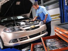 Who should you choose to service and repair your car? Ask The Car Expert!