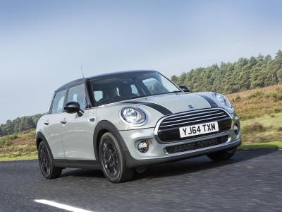 MINI 5-door hatch review (The Car Expert)