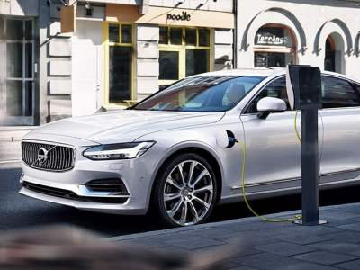 1604_Twin_Engine_T8_Volvo_S90_