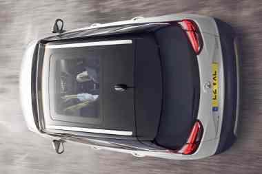 Vauxhall Crossland X 04