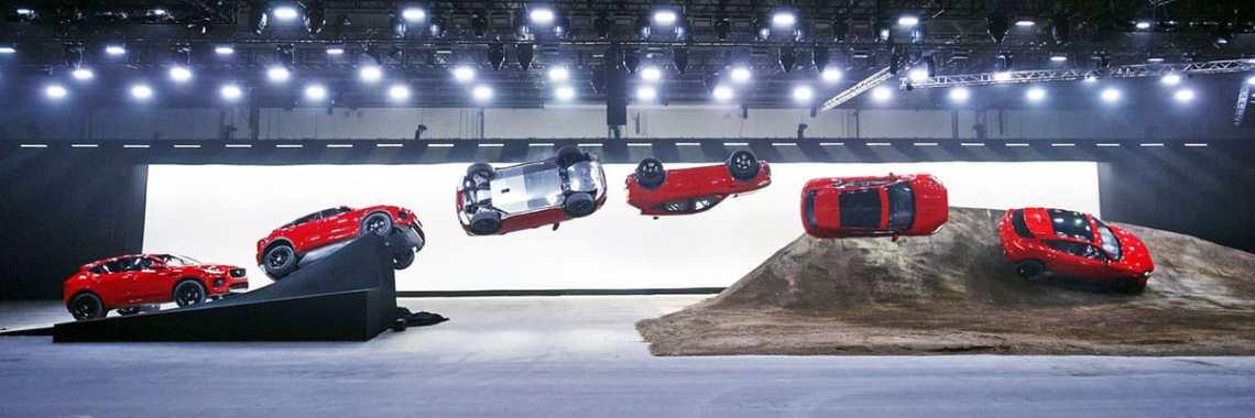 Jaguar E-Pace roll
