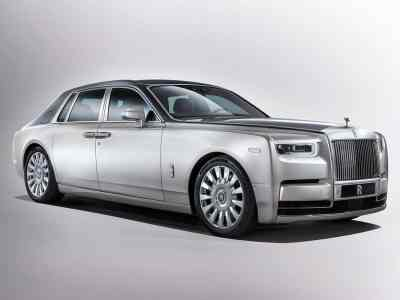 1707-Rolls-Royce-Phantom-01