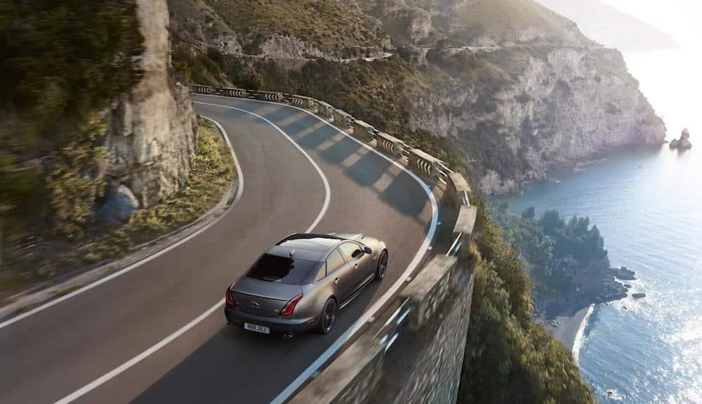 XJR575 tops Jaguar XJ range