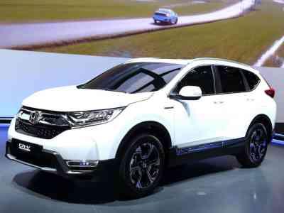 Honda-CR-V-Hybrid-prototype-Frankfurt-2017-01