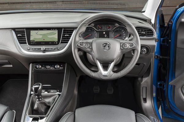 Vauxhall Grandland X dashboard (The Car Expert)