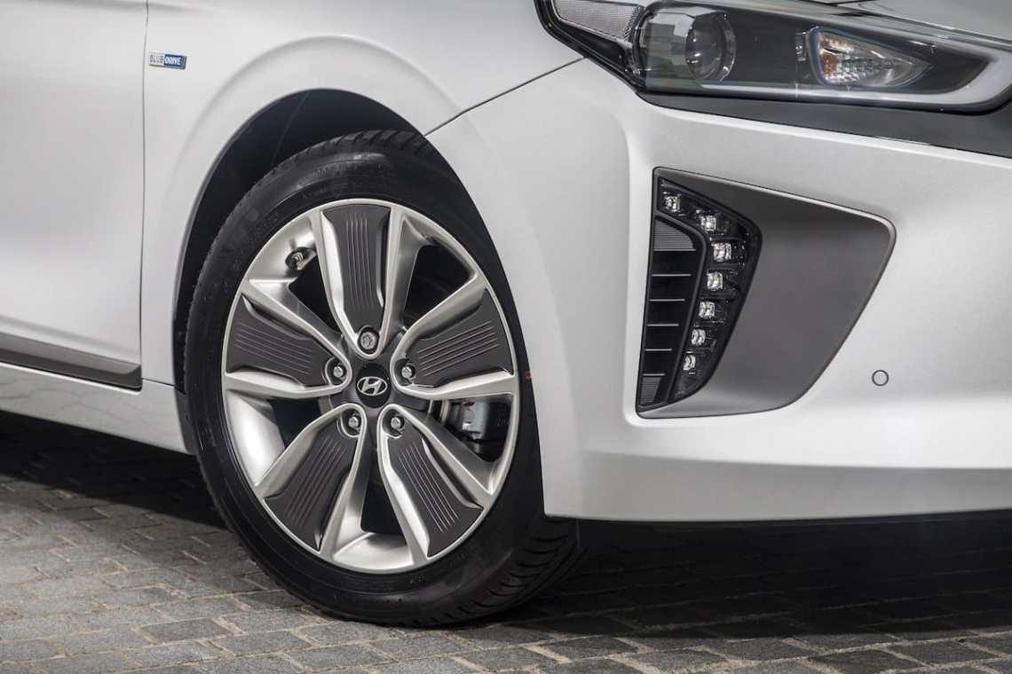 Hyundai Ioniq wheel detail