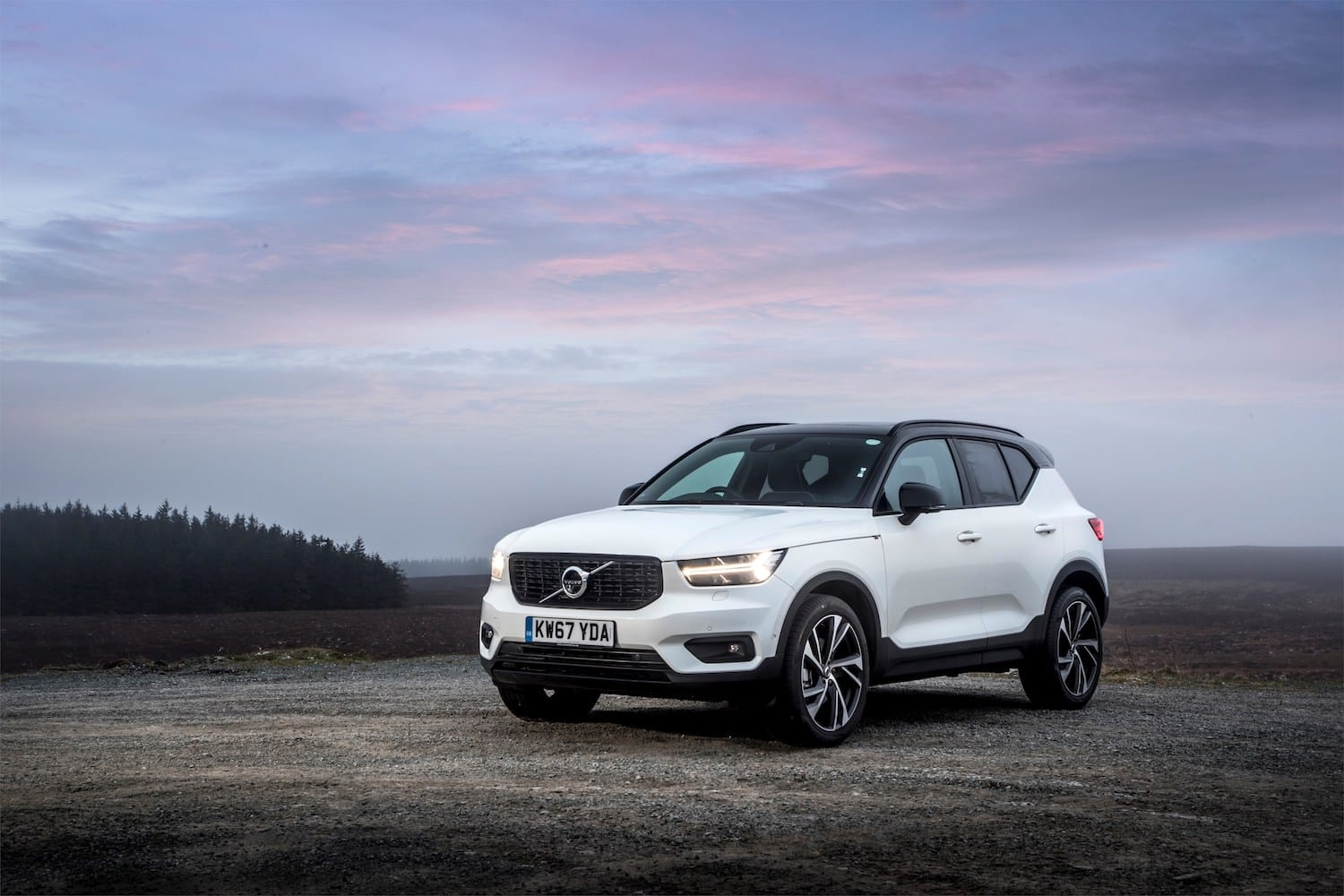 Volvo XC40 (2018) front view   The Car Expert