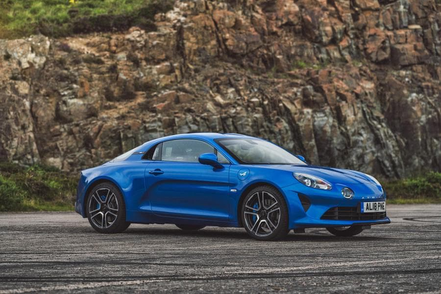 Alpine A110 (2017 - present) front view | The Car Expert