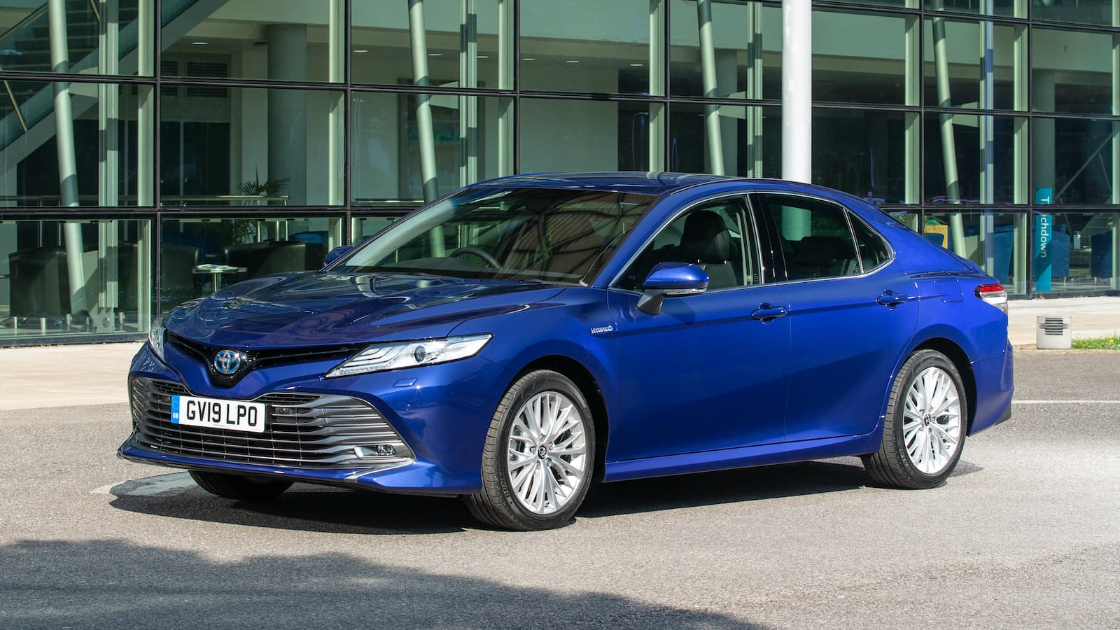 Toyota Camry (2019 - present) - front | The Car Expert