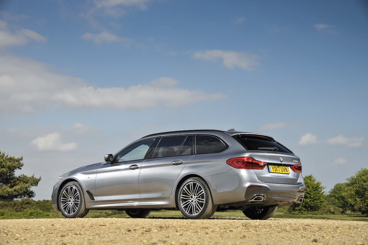 BMW 5 Series Touring estate (2017) - rear
