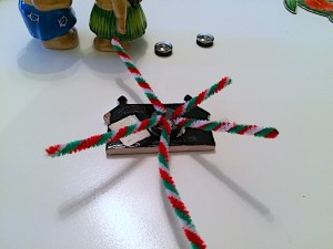 magnet-compass-sticky