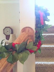 christmas-home-staircase