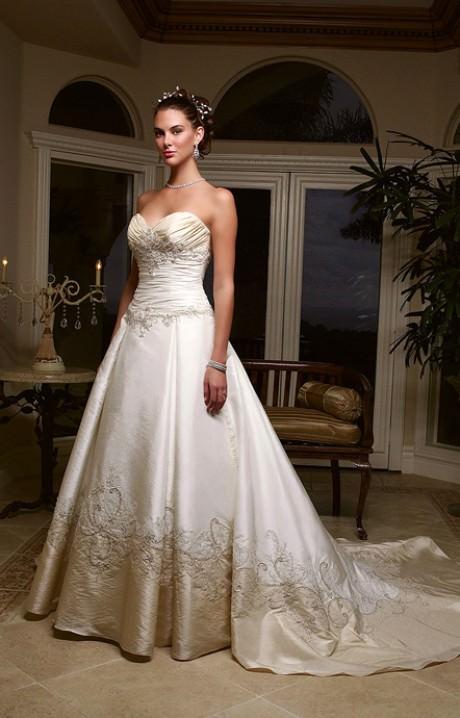 Wedding Dresses White Polka Dots