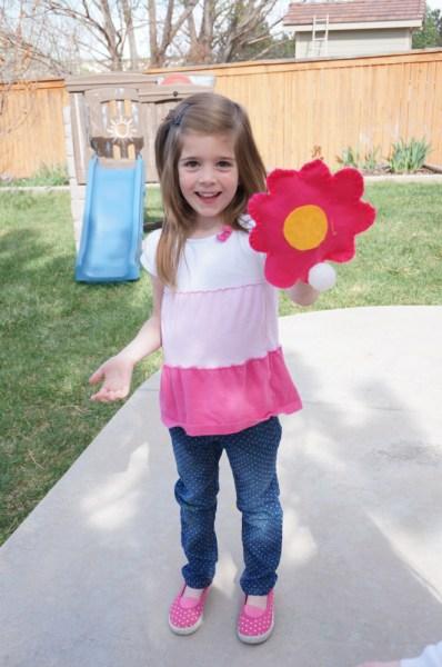 Velcro Ball Toss Flowers - 13