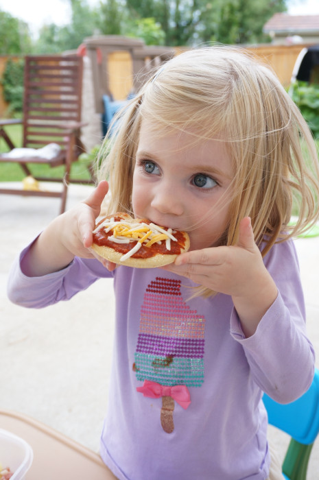 School Lunch Idea - Homemade Pizza Lunchable - Easy Lunchboxes