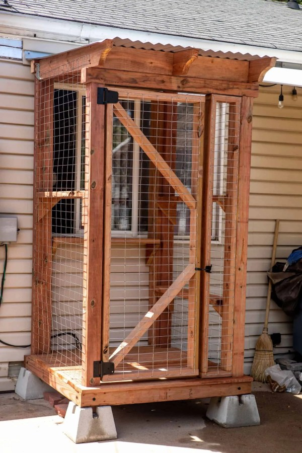 Highlands Catio by Cat Topia