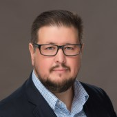 Eric H Ramos