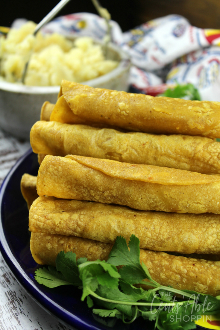 These baked potato taquitos are a wonderful meatless meal opportunity ~ they are easy to put together and are wonderful served with avocado dip! #meatless #avocado #taquitos #tacos #mexicanfood #baked