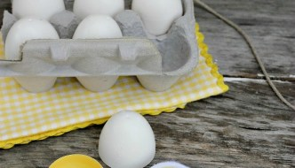 How To Make Play Kitchen Food using Plastic Eggs
