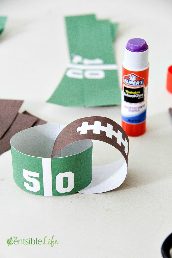 Glue Game Day Paper Chain