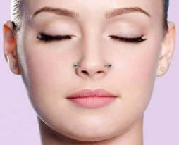 Female Nasallang Piercing