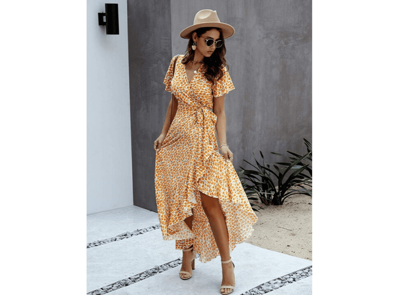 Wear Comfortable Floral Dress On Your First Date