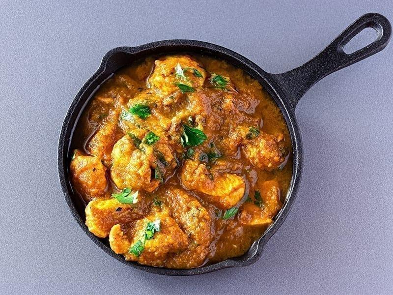 Malvani Chicken Sukka Recipe