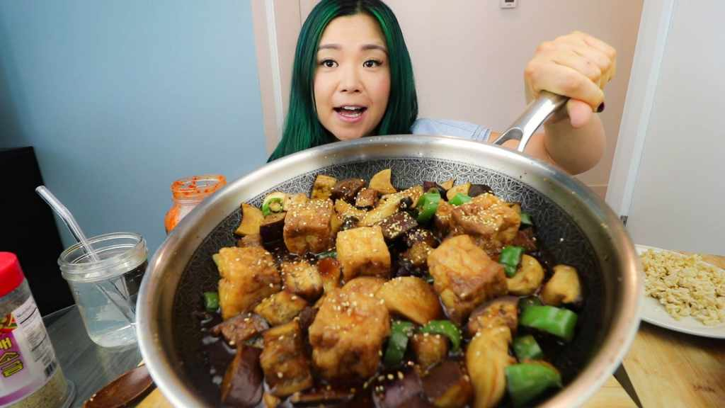 Another photo of Rose Lee showing the cooked teriyaki eggplant & mushroom on a pan