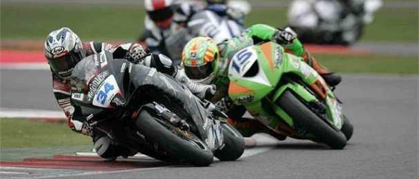Alastair Seeley and Ben Wilson - Photo Credit: Suzuki Racing