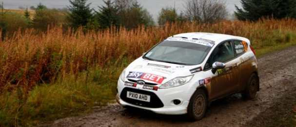 Tony Jardine overcame technical problems and a puncture to claim a class podium on the IRC qualifier.