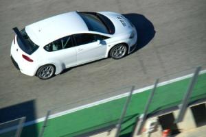 Lukoil SEAT - Photo Credit: FIA WTCC