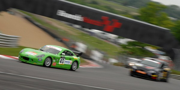 Tom Howard and Carl Breeze eased to victory in their nippy green Ginetta (Photo Credit: Chris Gurton Photography)