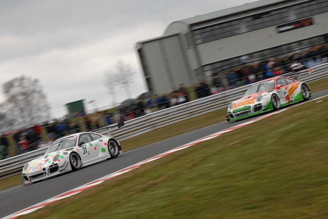 Tandy gave over the lead to Keen on the final lap (Photo Credit: Chris Gurton Photography)
