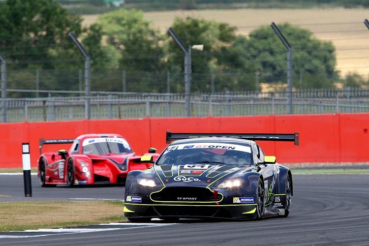 The TF Sport Aston Martin Vantage GT3 of Salih Yoluc and Euan Hankey ad a spirited drive to fourth. (Credit: FOTOSPEEDY)