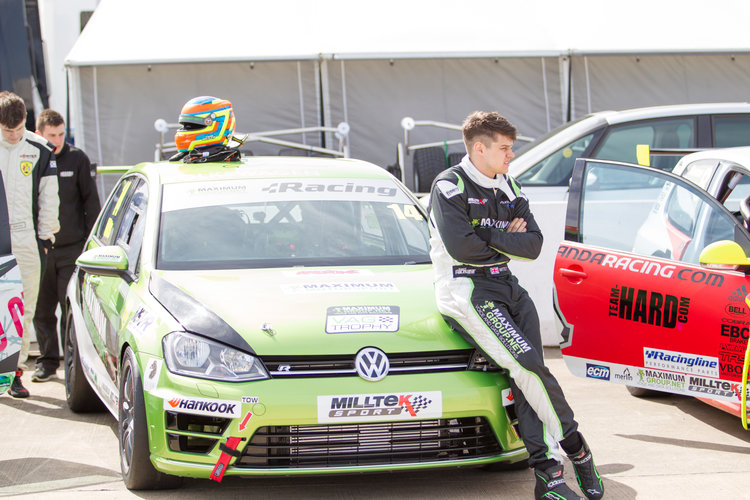 Tom Witts VW Racing Cup Rockingham