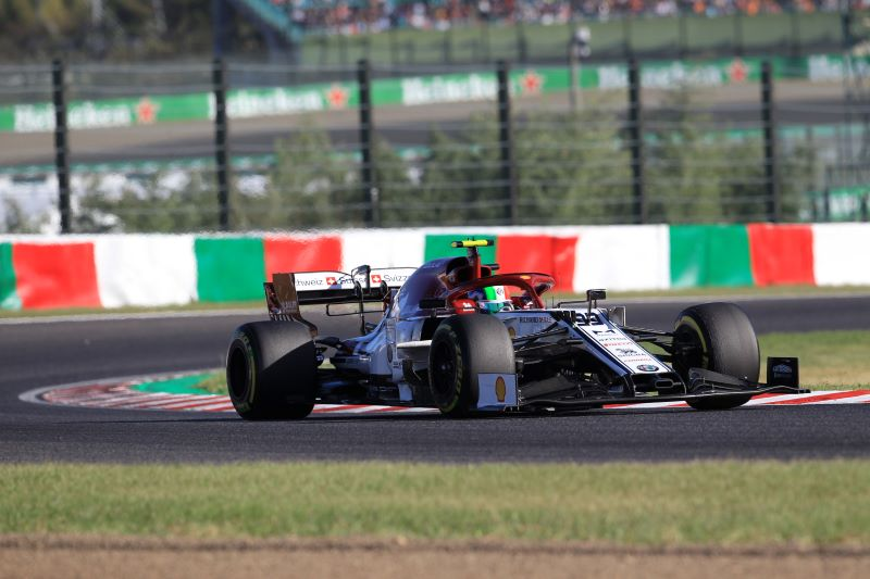 Alfa Romeo lost for words over lack of race pace