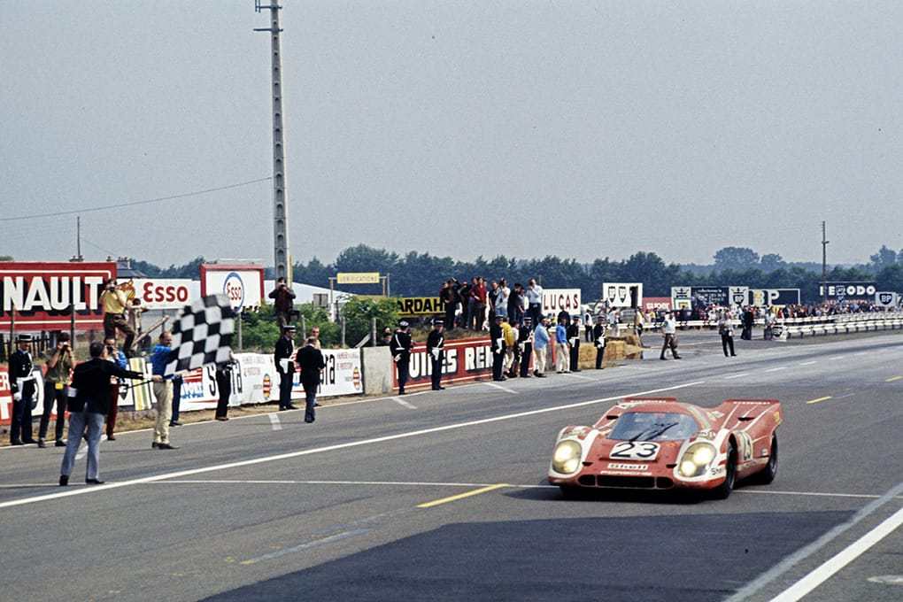 Hans Herrmann and Richard Attwood driving the 917 KH Coupé