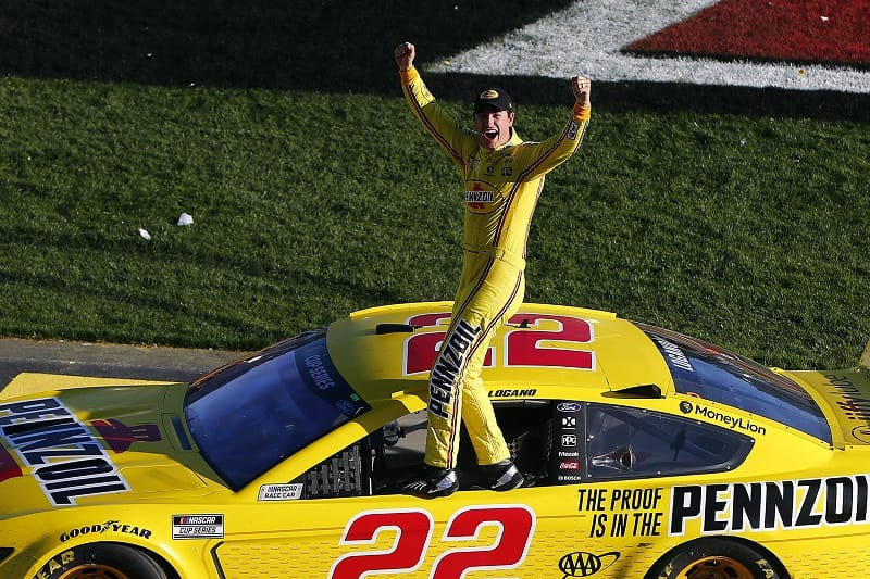 Joey Logano wins second straight Pennzoil 400 - The Checkered Flag