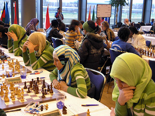 http://www.thechessdrum.net/tournaments/Olympiad2008/photos/Libya (women). jpg